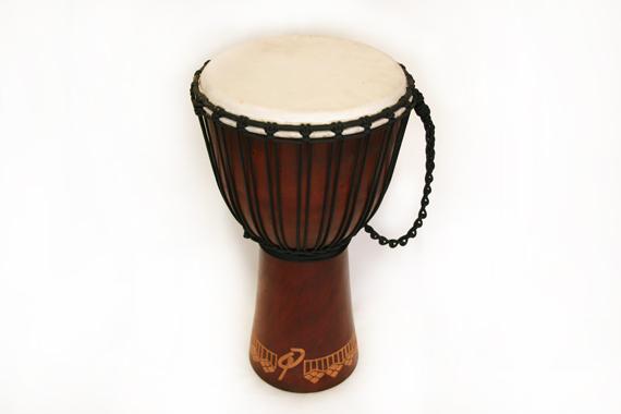 Djembe Original African Style - Schnitzerei - Höhe 60cm - reine Spielfläche Fell 28cm + 30cm + 31cm, Artikelnummer: dj02d