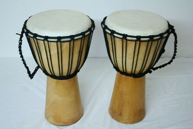 Djembe Original African Style - Höhe 50cm - Spielfläche Fell 25cm, Artikelnummer: dj01_5xy