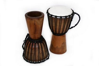 Djembe Original African Style - Höhe 45cm - Spielfläche Fell 21cm + 22cm + 23cm, Artikelnummer: dj19